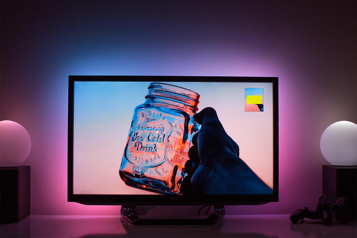 Ambilight Projekt - Ambilight Beispiel Rosa und Blau